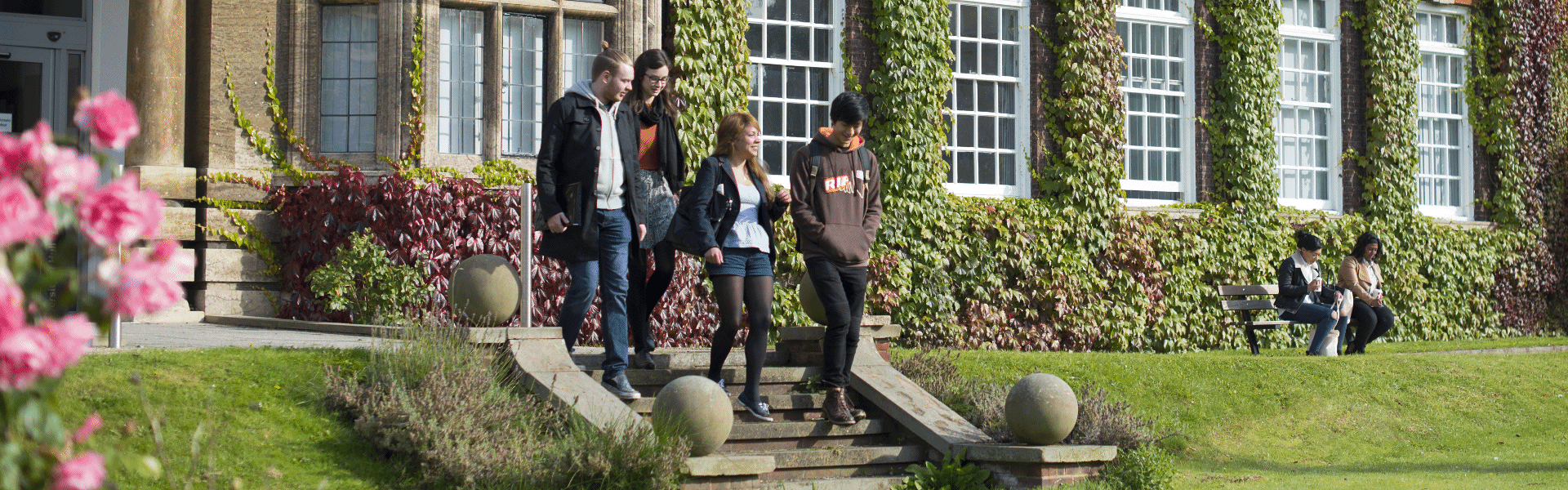 HUBS Students on steps Derwent Exterior Landscape UNI_7286