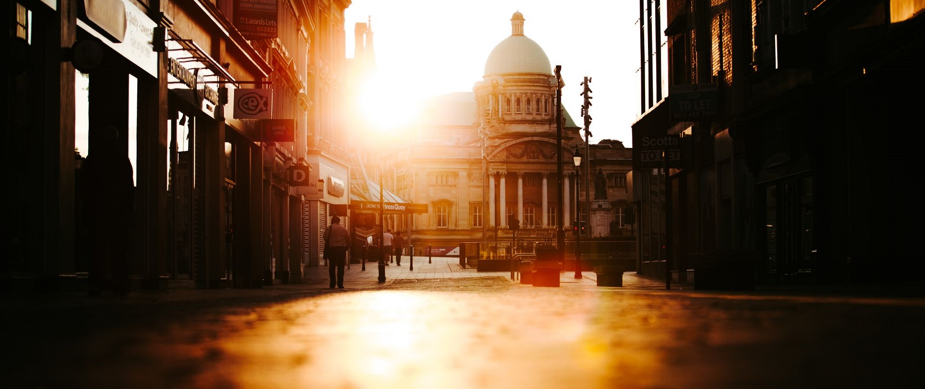 Hull City Hall from Whitefriargate