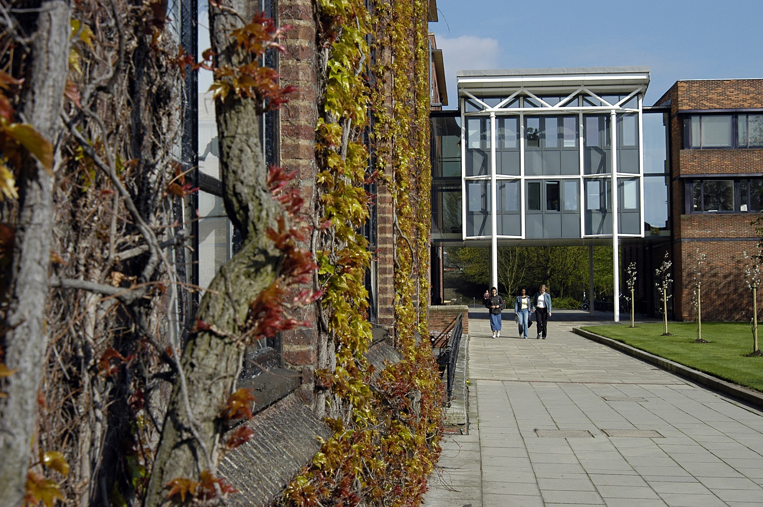 University of Hull walkway to Ferens building