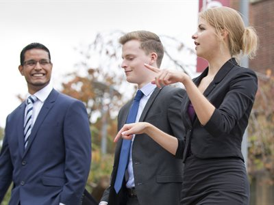 University of Hull offers four MBA scholarships to support regional business